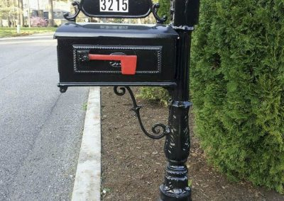 Cast Aluminum Mailbox Post